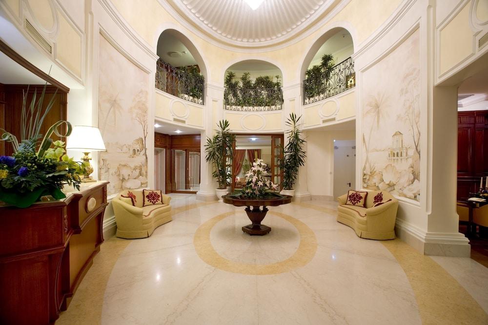 Palazzo Alabardieri