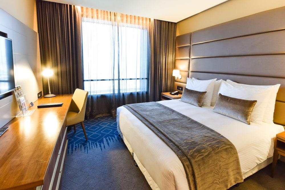 Hotel 2 Fevrier, Lome