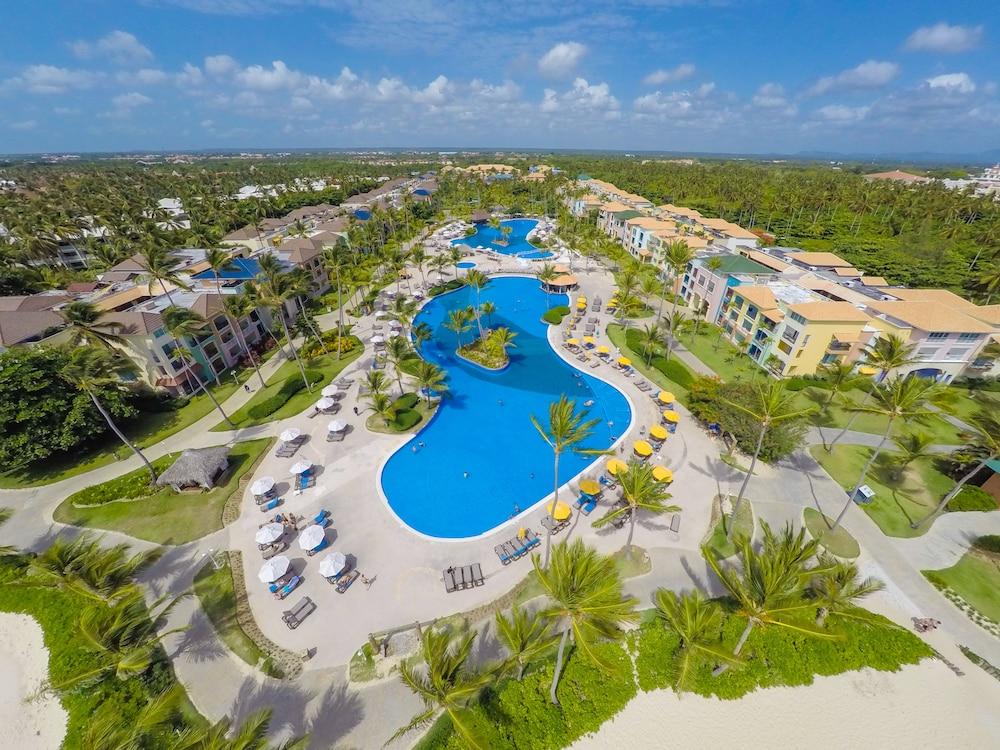 Ocean Blue & Sand Beach Resort - All Inclusive