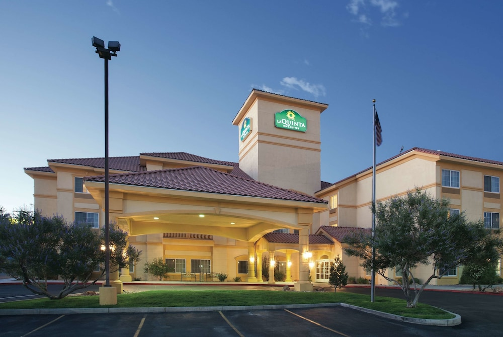 La Quinta Inn & Suites by Wyndham Albuquerque Midtown