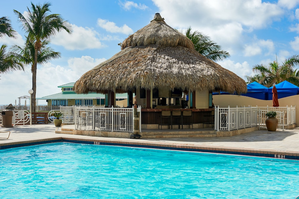 Newport Beachside Resort Miami Dade