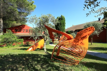 tarifs reservation hotels Hotel ibis Styles Aix en Provence Mas des Oliviers