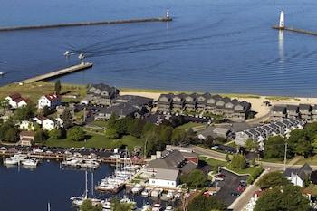 Harbor Lights Resort in Frankfort, Michigan