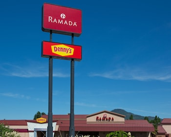 Ramada Medford Hotel and Conference Center