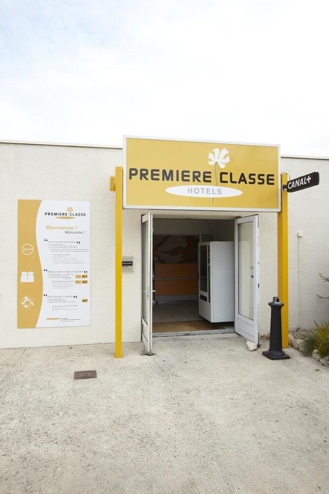 Premiere Classe Avignon Courtine