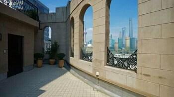 Jinjiang Metropolo Hotel Classiq, Shanghai Bund Circle - Balcony  - #0