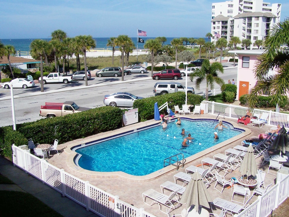 Gulf Winds Beach Resort