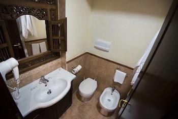 Schilizzi Hotel - Bathroom  - #0