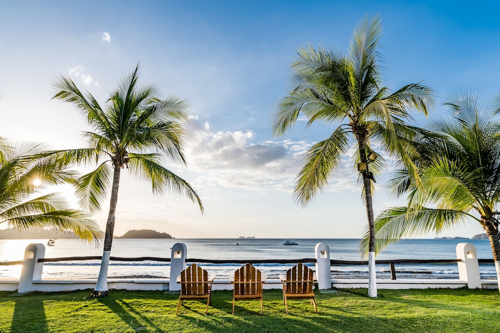 Bahia Del Sol Beach Front Boutique Hotel Guanacaste Inr 7799 Off