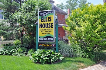 Ellis House Bed and Breakfast, Niagara Falls