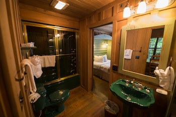 The Cabins at Green Mountain - Bathroom  - #0