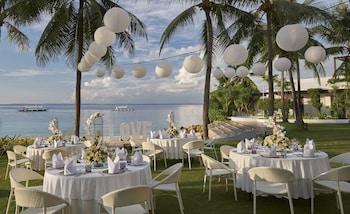 Movenpick Hotel Cebu Outdoor Wedding Area