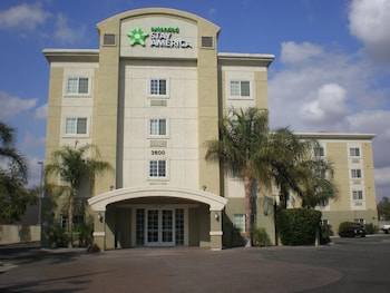 Extended Stay America Bakersfield - Chester Lane in Bakersfield, California