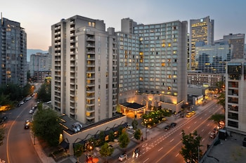 La Grande Residence Vancouver at The Sutton Place Hotel - Hotel Front - Evening/Night  - #0