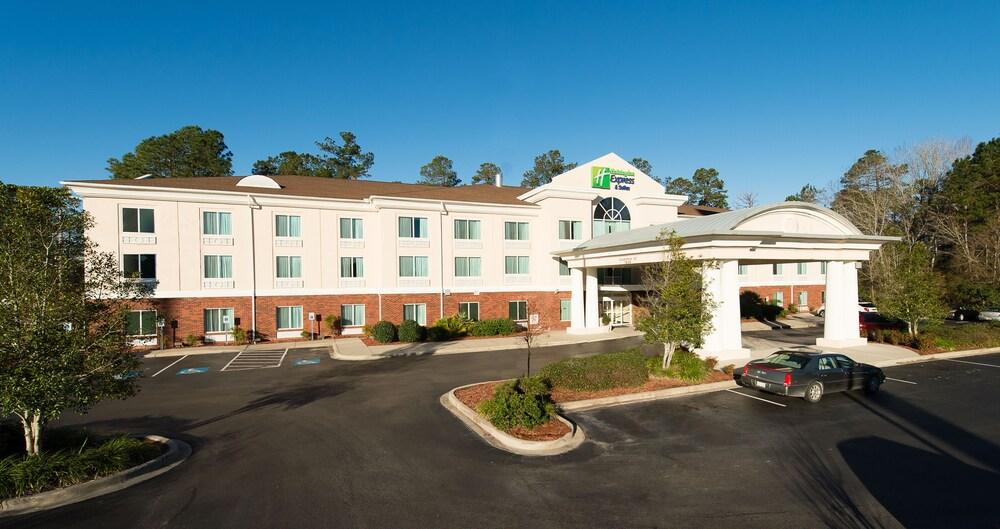 Holiday Inn Exp Walterboro
