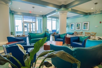 Boardwalk Beach Resort by Royal American Beach Getaways - Lobby Sitting Area  - #0
