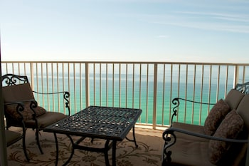 Boardwalk Beach Resort by Royal American Beach Getaways - Balcony  - #0