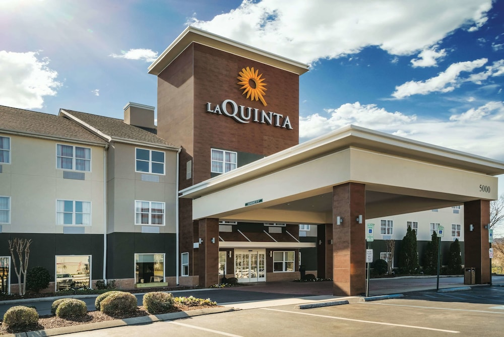 La Quinta Inn & Suites by Wyndham Chattanooga North - Hixson