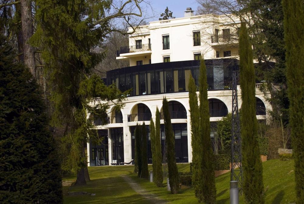Pavillon De La Rotonde