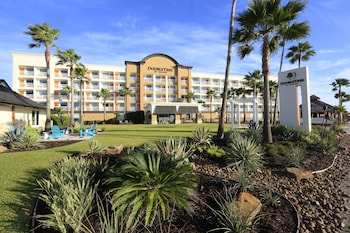 Quality Inn & Suites Beachfront (231799 undefined) photo