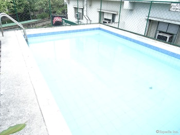 The Garden Plaza Hotel & Suites Manila Outdoor Pool