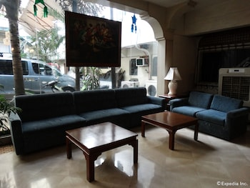 The Garden Plaza Hotel & Suites Manila Lobby Sitting Area