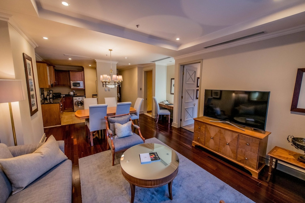 The Michelangelo Towers City Of Johannesburg Price Address Reviews