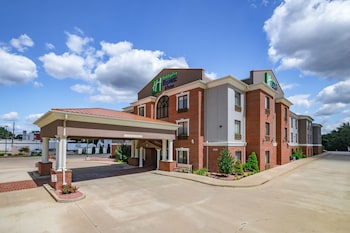 Holiday Inn Express Hotel & Suites South Bend
