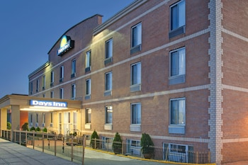 Days Inn by Wyndham Jamaica / JFK Airport in Jamaica, New York