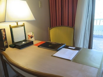 Waterfront Insular Hotel Davao In-Room Business Center