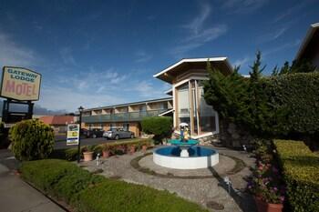 Gateway Lodge Motel in Seaside, California