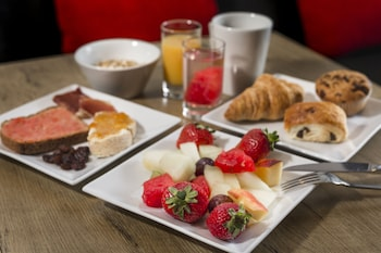 ibis Alicante Elche - Breakfast Area  - #0