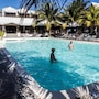 Le Peninsula Bay Beach Resort photo 28/41
