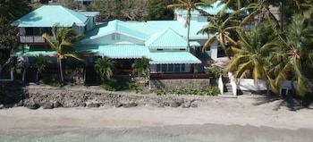 Bequia Beachfront Villa Hotel (236443) photo