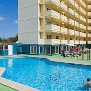 泰內吉亞公寓飯店