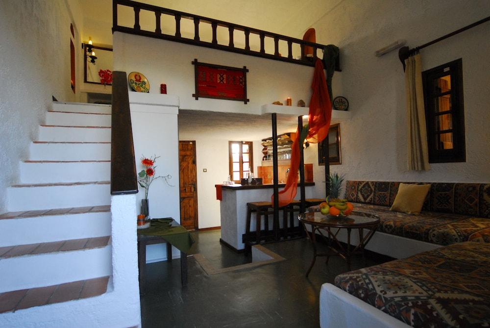 Malia Studios and Apartments Hotel
