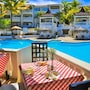 Lifestyle Crown Residence Suites - All Inclusive photo 2/32