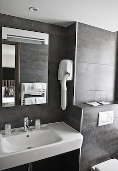 Best Western Sevres Montparnasse - Bathroom  - #0