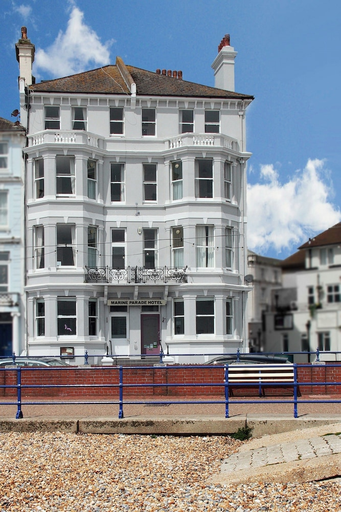 Marine Parade Hotel