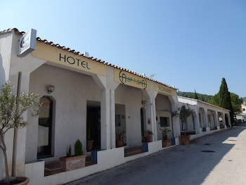 tarifs reservation hotels Alba-Flora