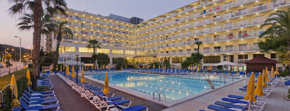 Hotel GHT Oasis Park & SPA
