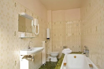 Hotel Nord et Champagne - Bathroom  - #0