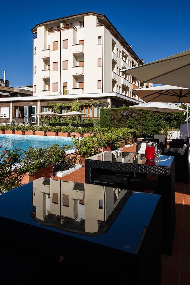 Hotel Touring Falconara Marittima