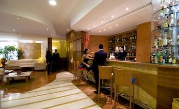 Holiday Inn Cagliari - Hotel Bar  - #0