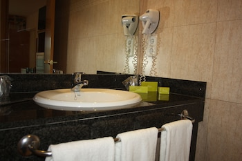 Silken Canadá Palace - Bathroom  - #0