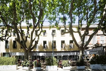 tarifs reservation hotels Hotel Restaurant Le Cours