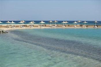 赫爾格達珊瑚海灘飯店