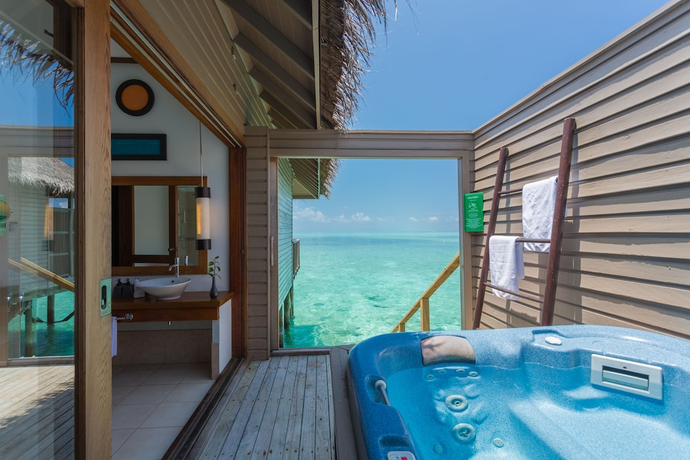 Meeru Island Resort Hotel Review Maldives: Meeru Island Resort & Spa, Maldives Best Offers On Meeru