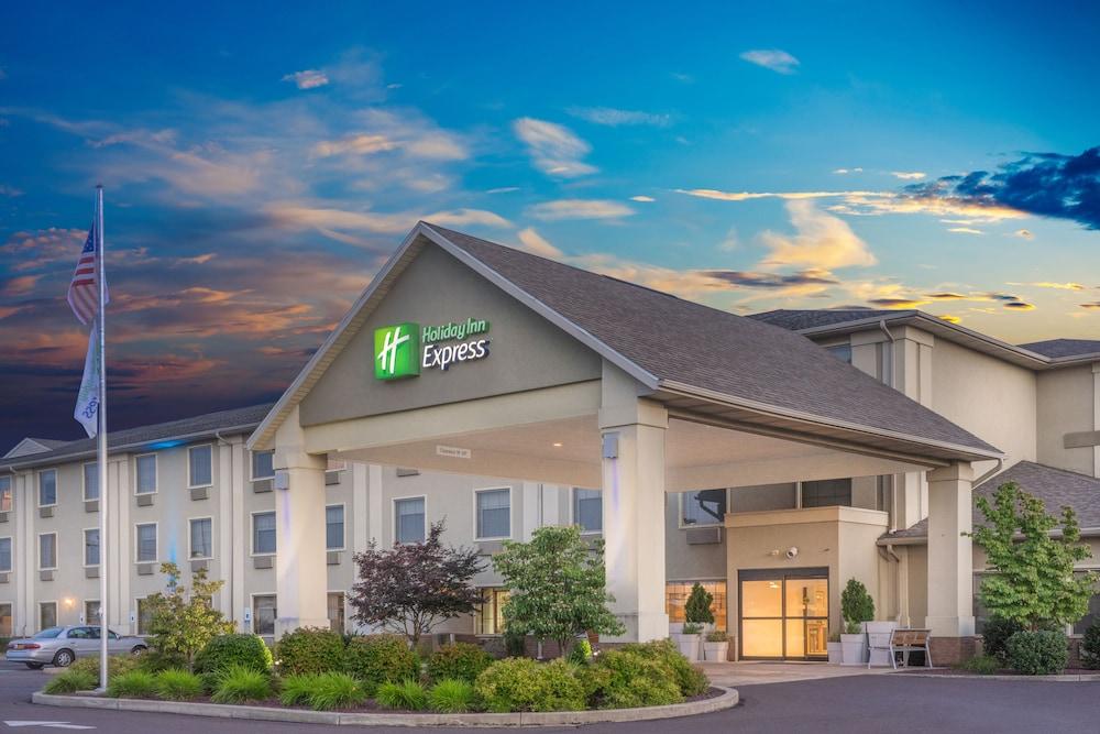 Holiday Inn Express Bloomsburg