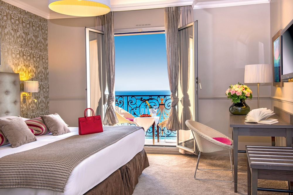 Hôtel Vacances Bleues Le Royal